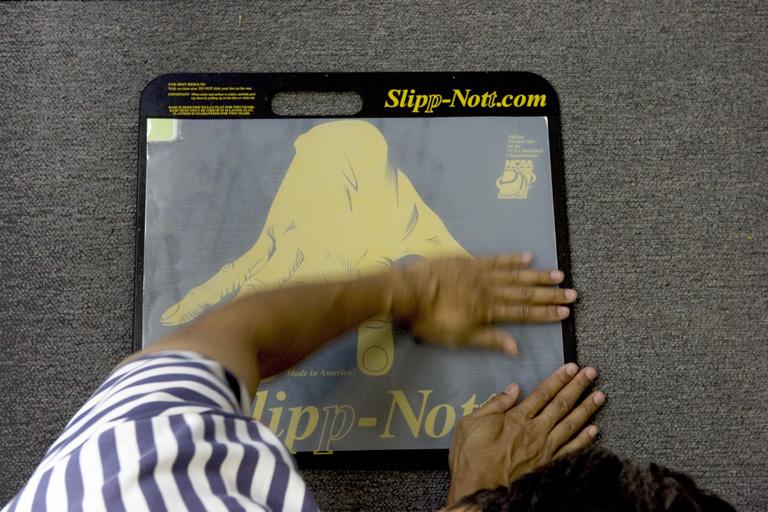 Step 10: Slipp-Nott Traction Mat Mounting